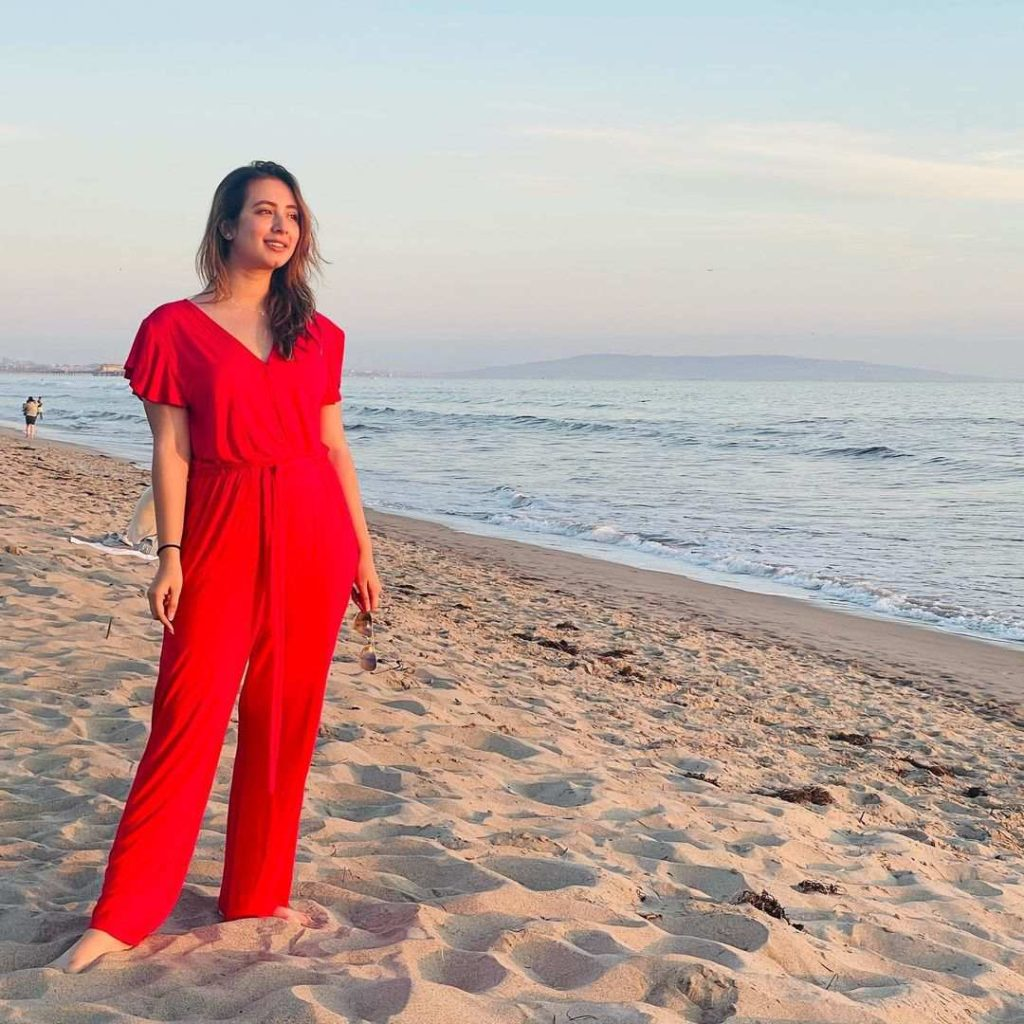 Komal Aziz Khan Beautiful Clicks From Her Vacations