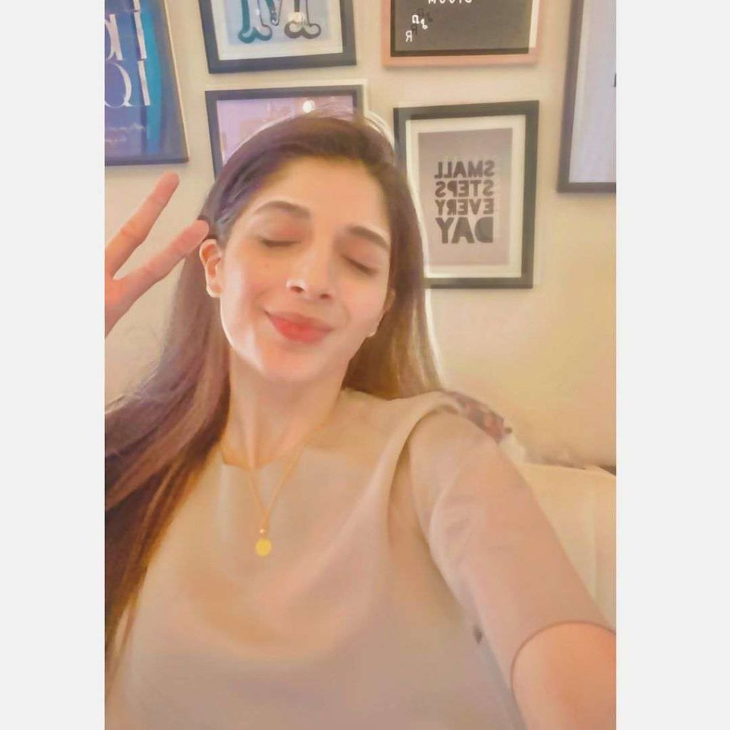 Mawra Hocane changes her room decor and the pictures are mind-blowing