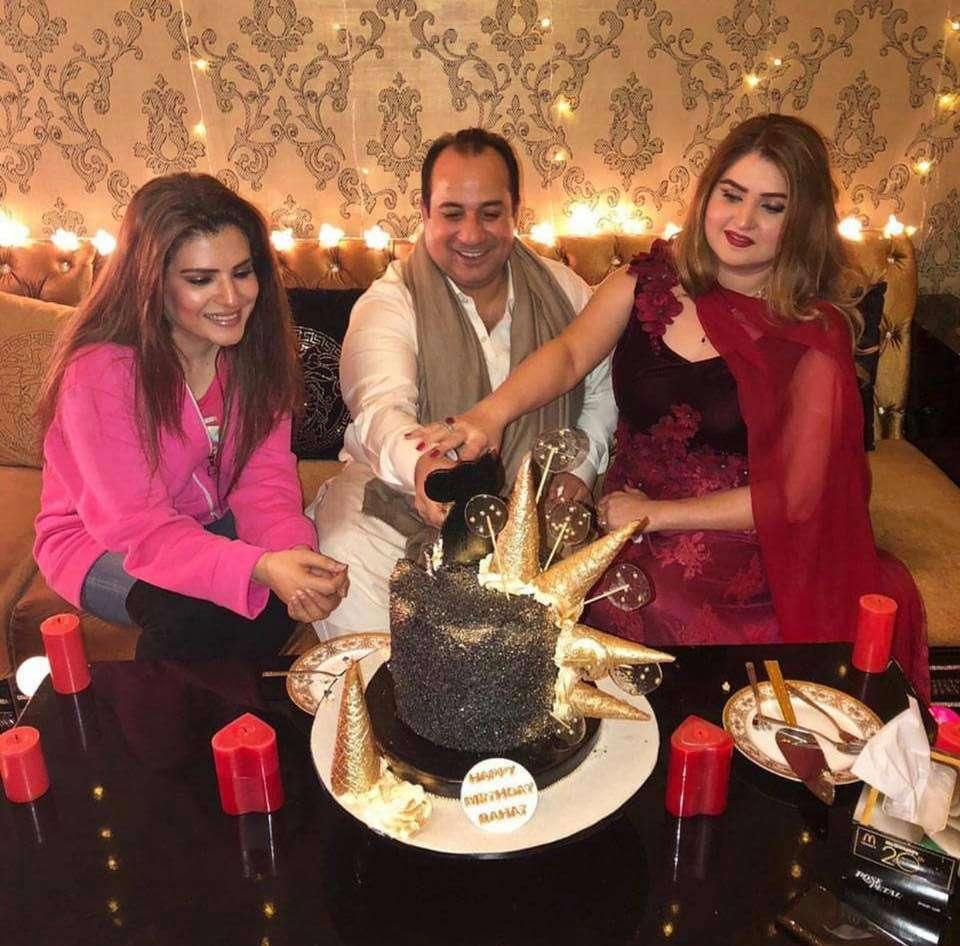 Rahat Fateh Ali Khan's stunning family photo wins the internet