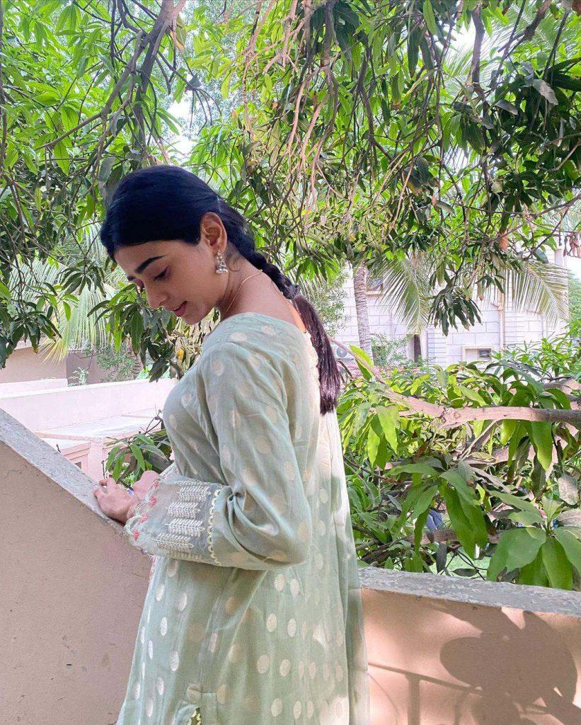 Sehar Khan Education